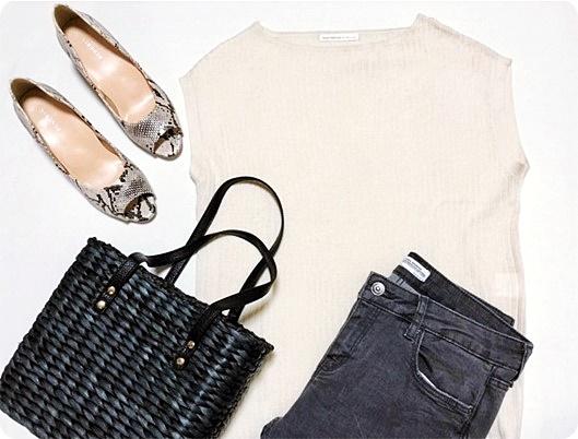 ファッションコーデ 黒かごバッグでモノトーンコーデ