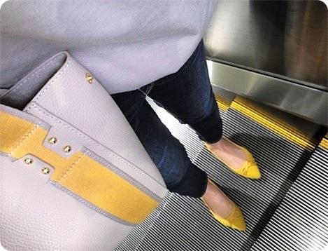 大人カジュアルコーデ シンプルファッション