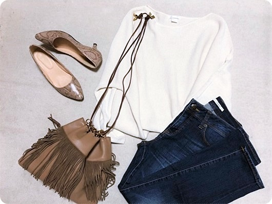 カカトゥ フリンジ巾着バッグ ファッションコーデ