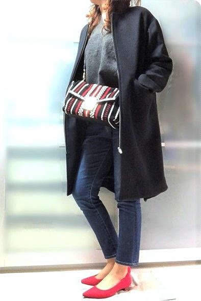 ファッションコーデ 赤パンプス アミアミ