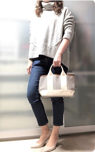 ファッションコーデ プチプラ H&M タートルニット