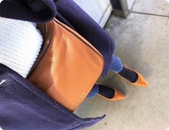 ファッションコーデ 30代ファッション 靴下×パンプスコーデ ネイビー