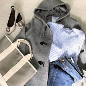 ファッションコーデ 置き画 GU 春色ニット グレー×ブルーコーデ