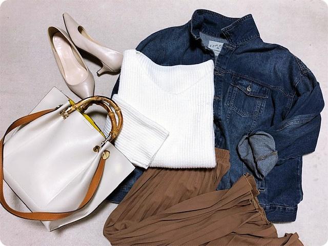 ファッションコーデ 置き画 プリーツスカート×Gジャンコーデ
