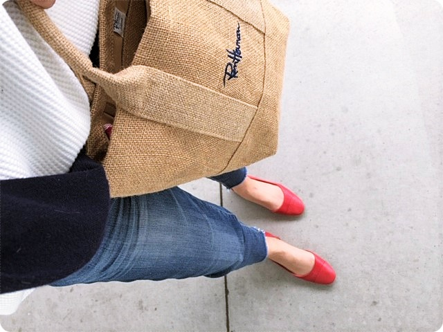ファッションコーデ ZARA 赤パンプス トートバッグ ロンハーマン