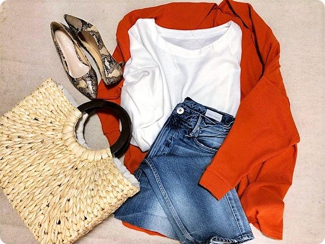 ファッションコーデ 置き画 オレンジカーディガン