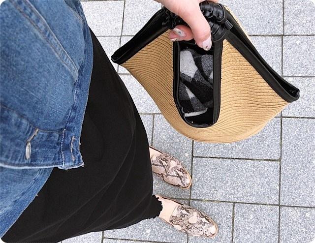 ファッションコーデ ロングワンピース×レギンス